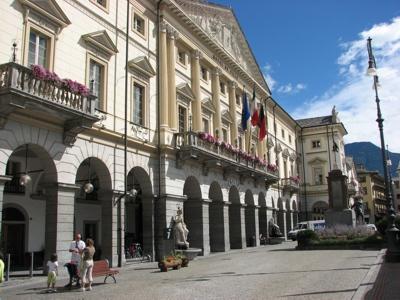 Foto Aosta: Town Hall (Hotel de Ville)