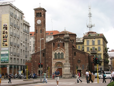 Foto Milano: St. Babila Church