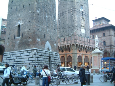 Foto Bologna: The Two Towers