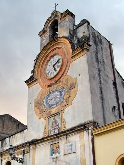 Foto Santa Maria a Vico: Clock Tower