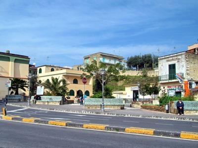 Foto Monte di Procida: Piazza 27th January