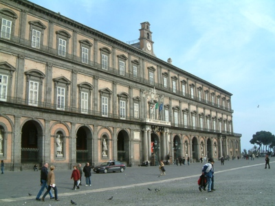 Foto Napoli: Royal Palace and Plebiscite Square