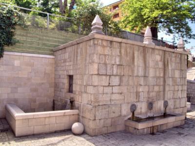 Foto Pignola: St. Donatus' fountain