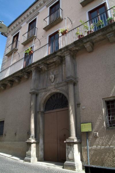 Foto Pignola: Palazzo Lombardi – Gala (formerly known as Scalone)