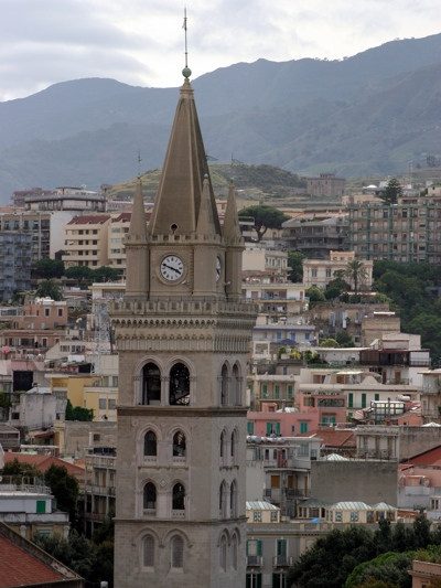 Foto Messina: Dome Bell Tower with Clock