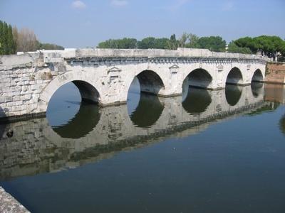 Foto Rimini: Tiberius Bridge